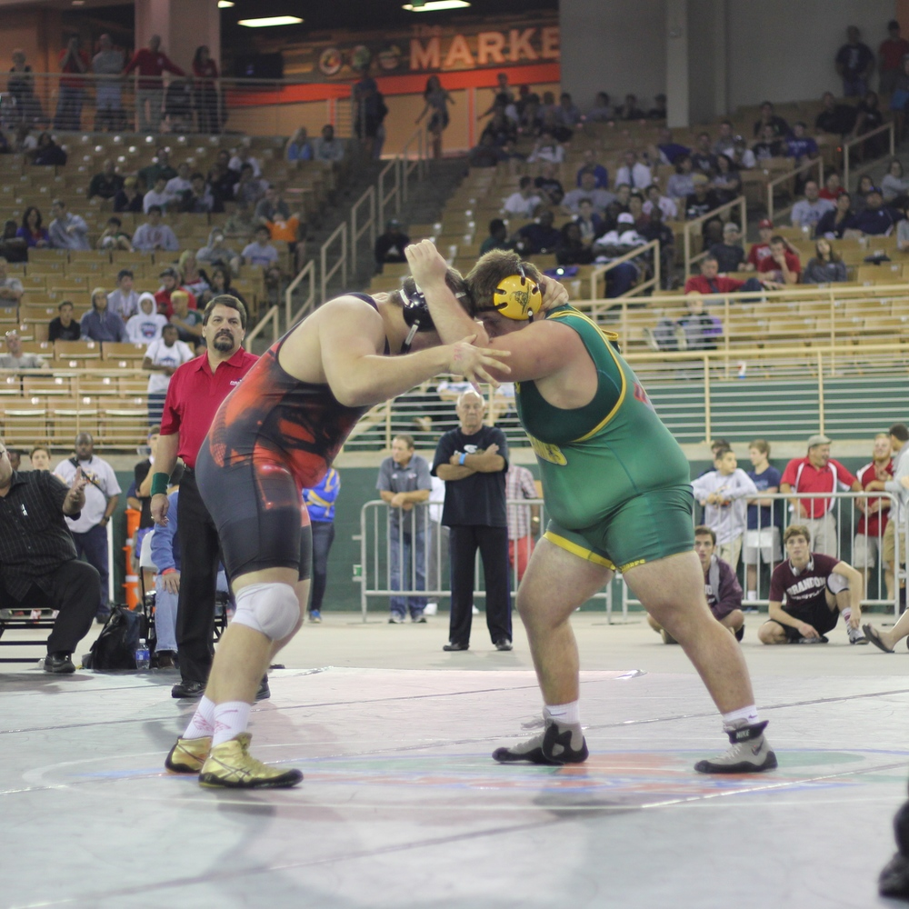 Jiovenetta beat Ivie 6-2 to win the 2015 1A 285 lb. title