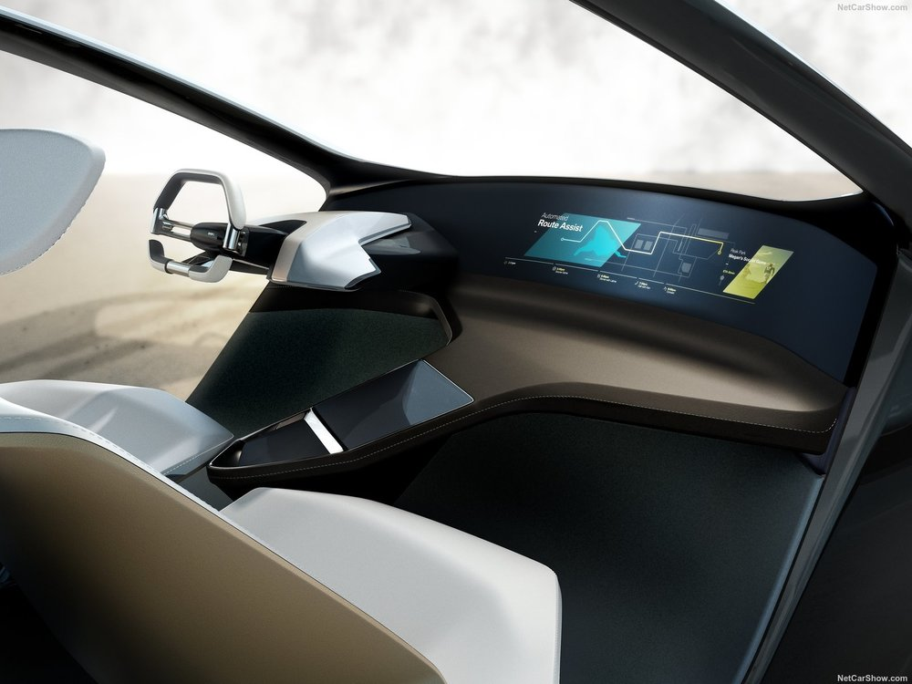 BMW-i_Inside_Future_Concept-2017-1600-04.jpg