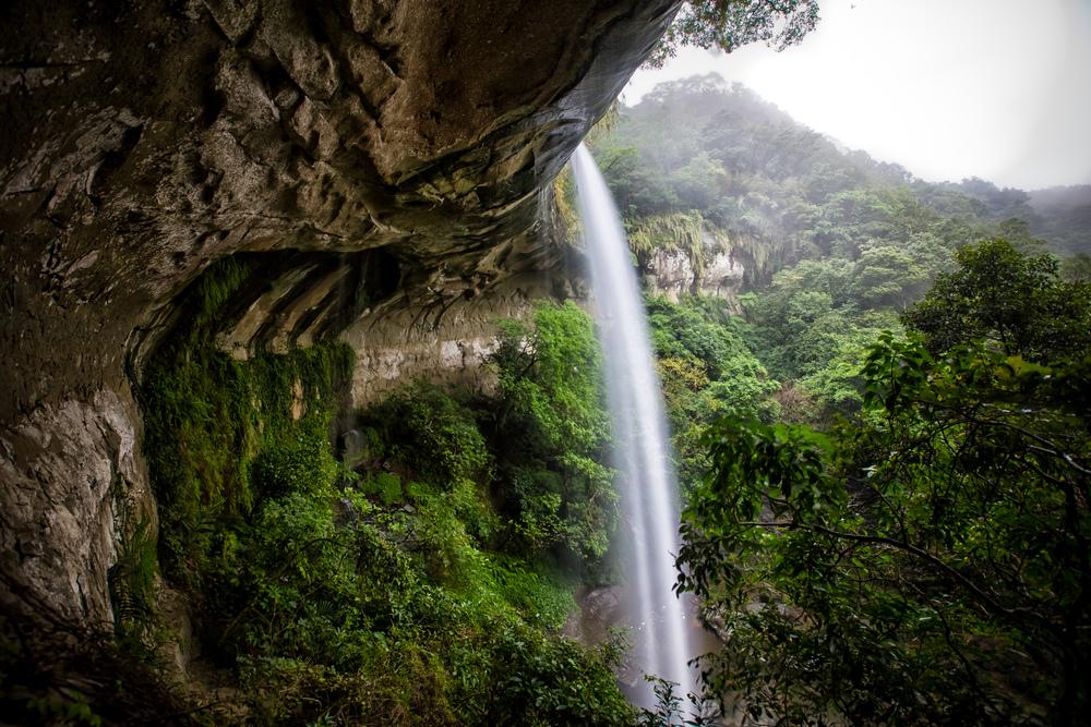 - Papi waterfall (杷枇瀑布)