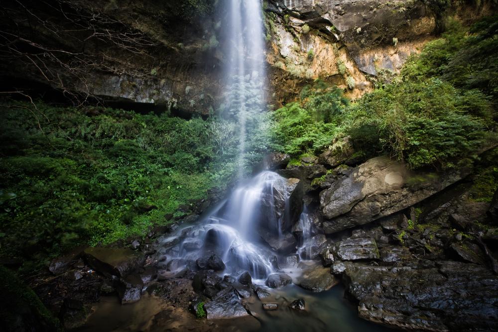 - Motian Waterfall (模天瀑布)