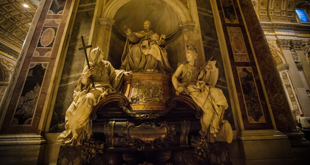 Epic memorial to a dead Pope