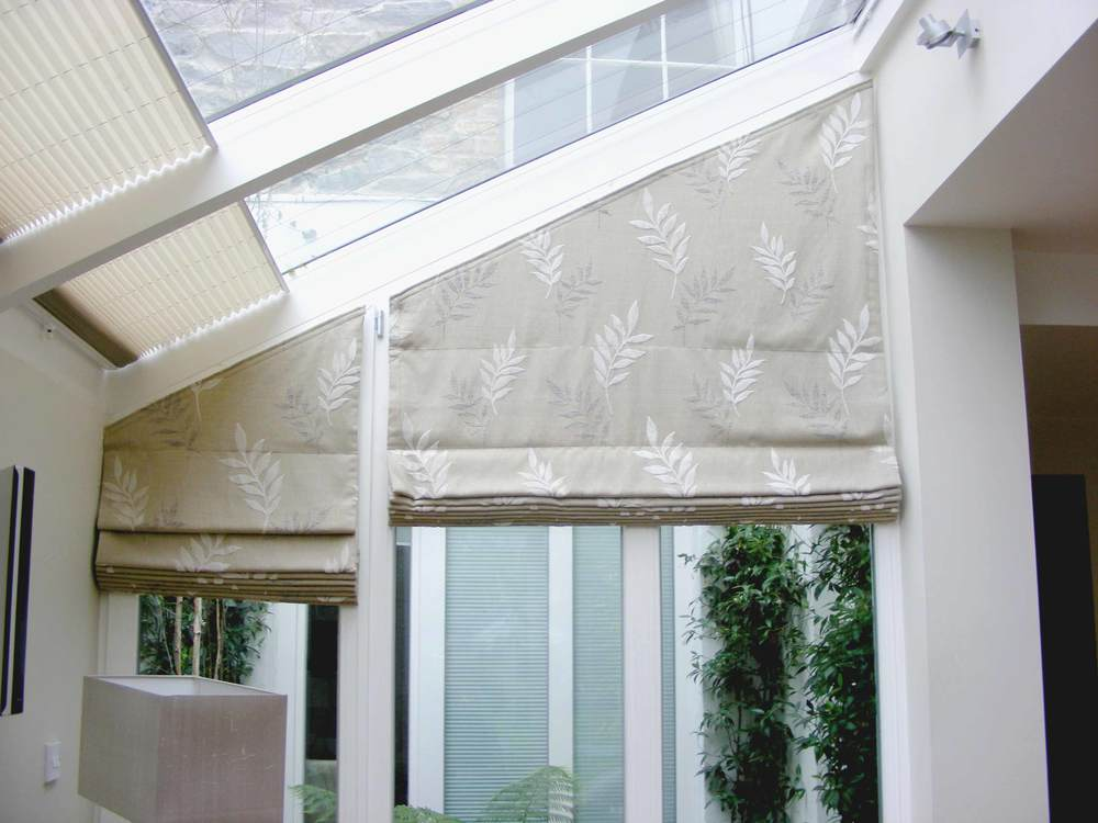 Recoveries for Roman blinds for large windows