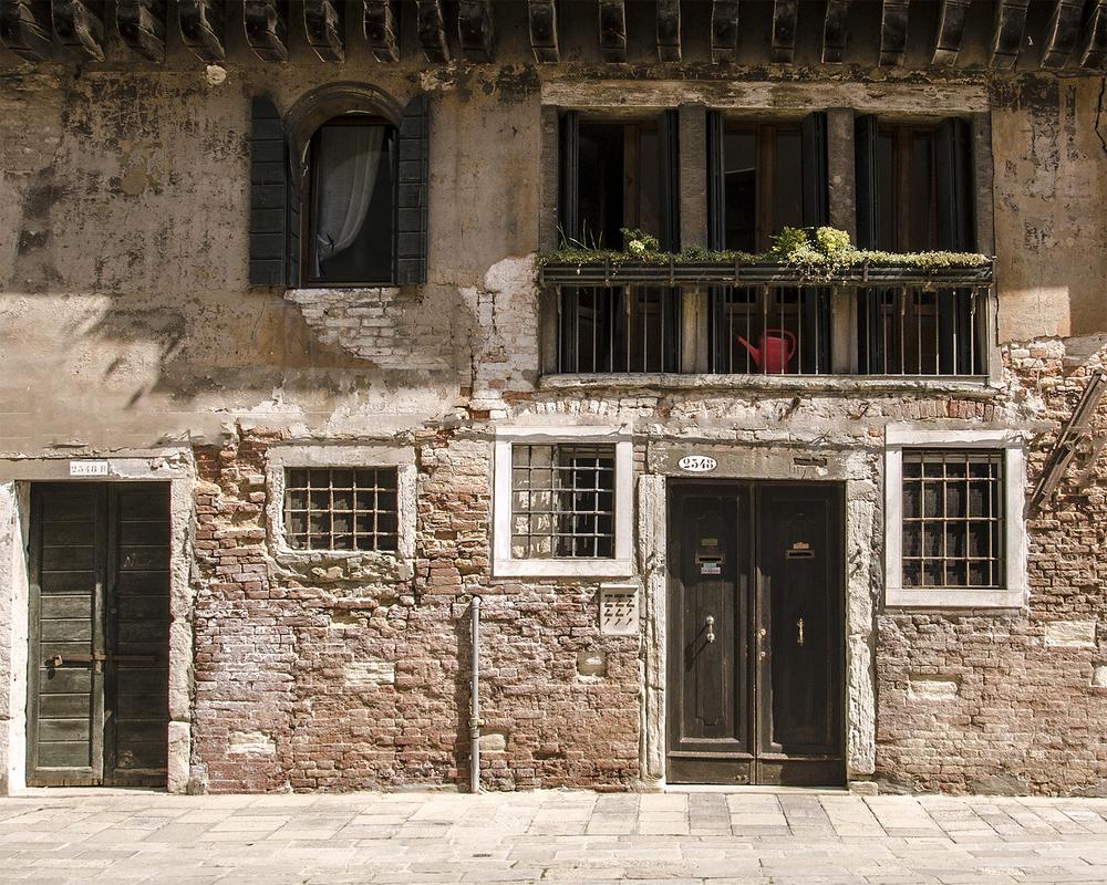 porte finestre e veranda-quartiere di S. Maria Gloriosa-7820.jpg