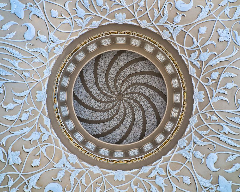 Moschea Abu Dhabi - interno cupola spirale -1276.jpeg