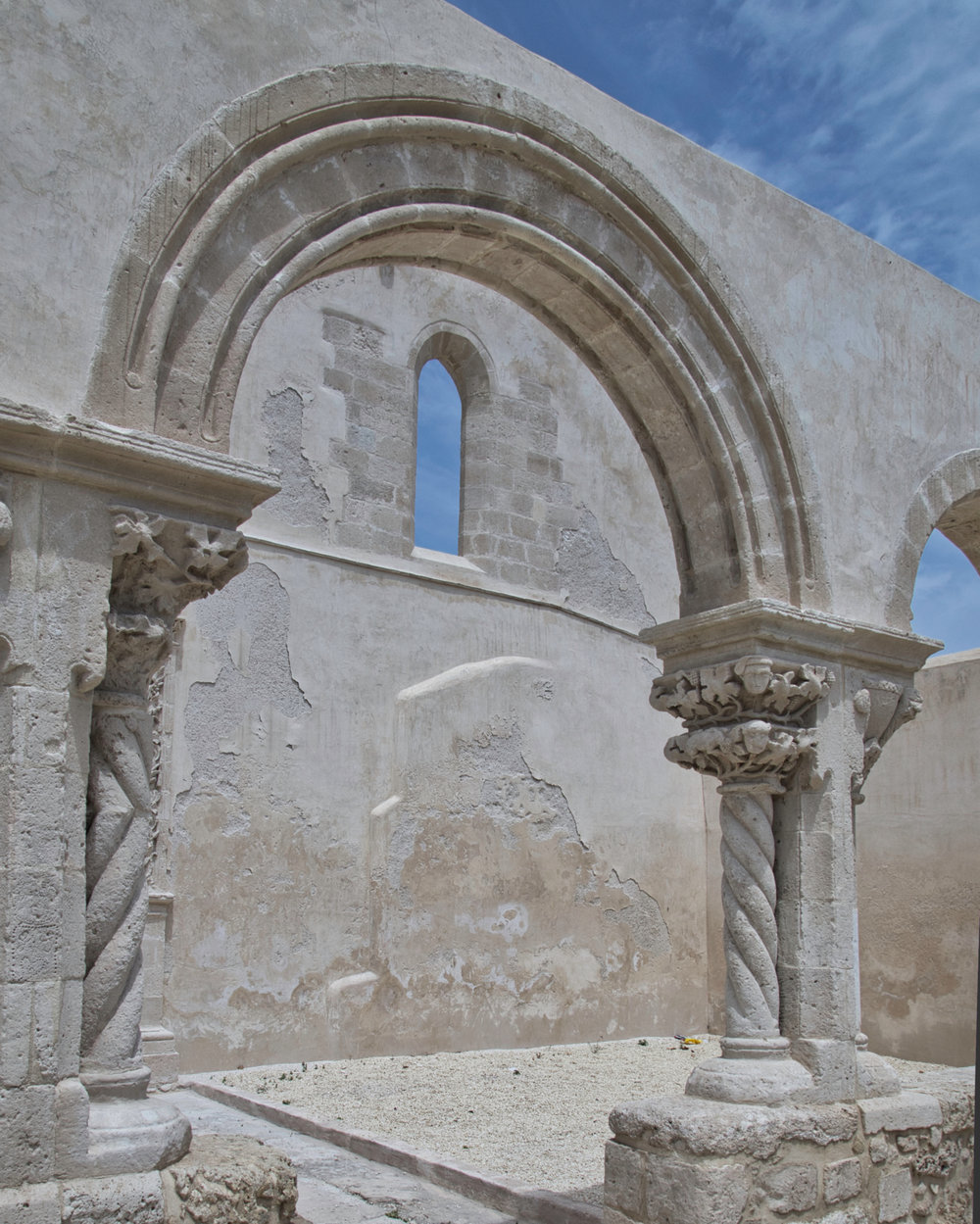 Sicilia Siracusa Chiesa S. Giovanni alle catacombe-9006.jpeg