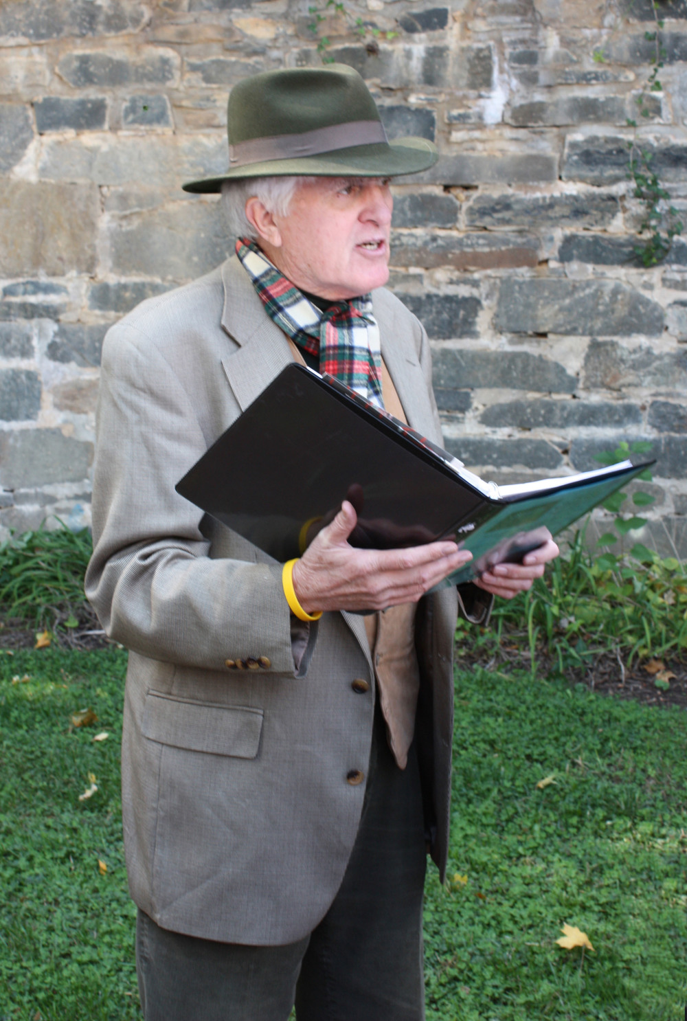 Professional tour guide and Burleith resident Dwane Starlin also portrays Mark Twain, John Philip Sousa, Robert Frost, and Joseph Henry, the first secretary of the Smithsonian. photo by ann carper.