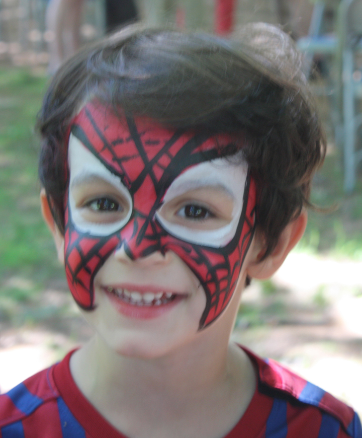 Face painting  and a  petting zoo  will amuse and amaze your kids.