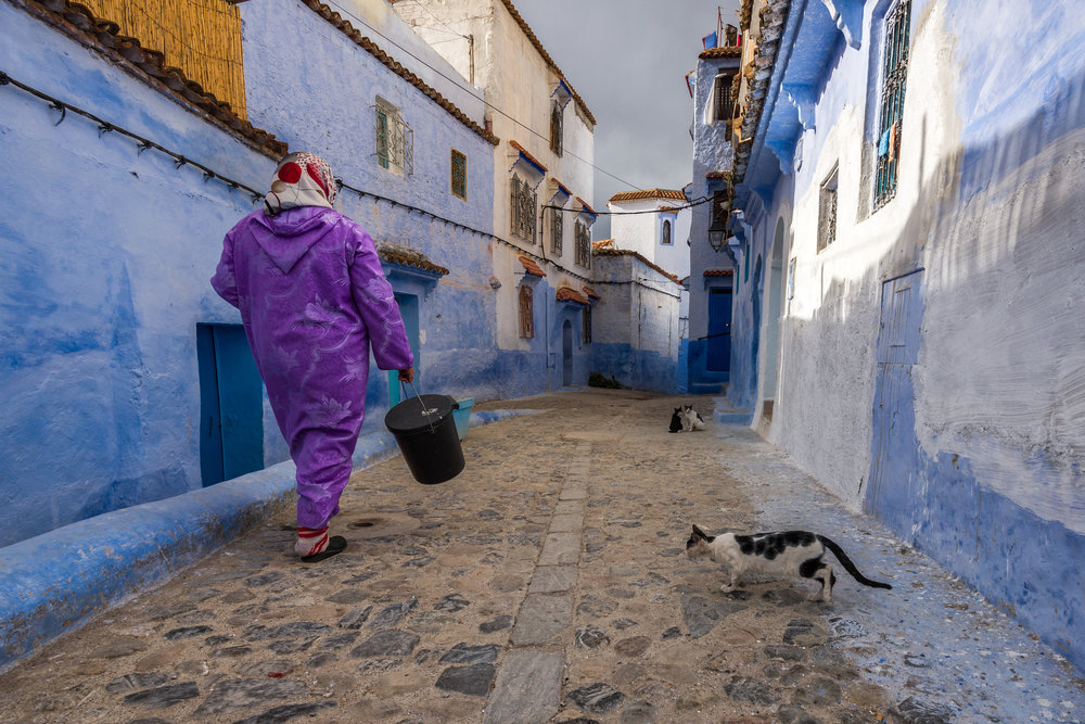 Working woman in Morocco. Photo by  Sergey Pesterev.