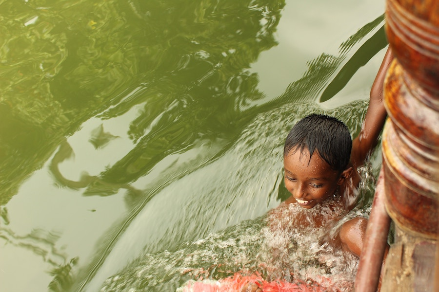 The blessing of clean water. Photo from Alleppy, India by  Darshan Gajara .