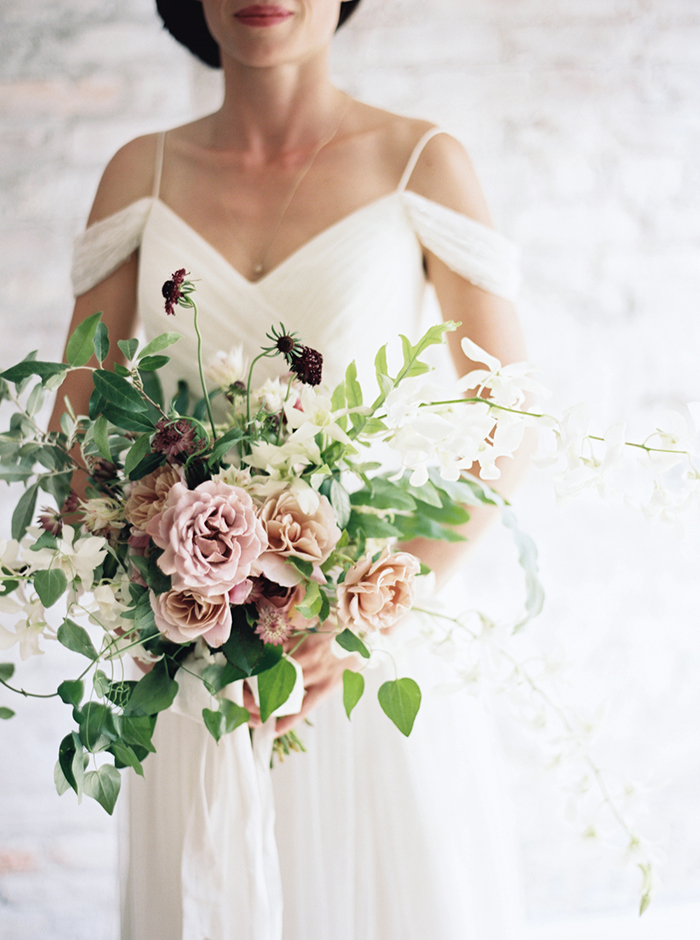 8-simple-spring-wedding-inspiration.jpg