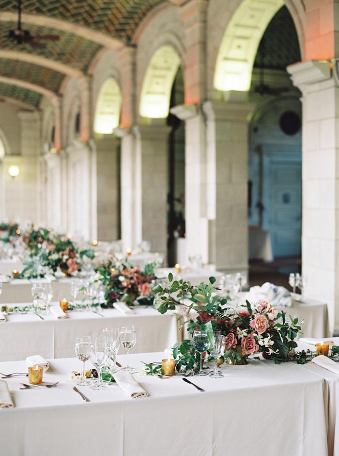 28-elegant-indoor-brooklyn-wedding.jpg