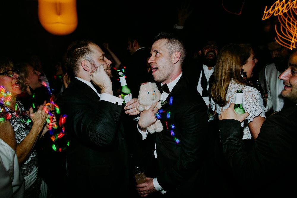 brooklyn-wedding-photographer-amber-gress-1014-.jpg