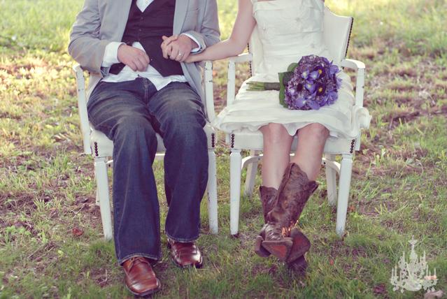 Ian sufrió un accidente de tránsito muy grave en 2006, al que nadie creía que iba a sobrevivir. En Agosto de 2010 Ian se casó con Larissa, su novia de toda la vida. Estas son las fotos de la ceremonia y la fiesta.