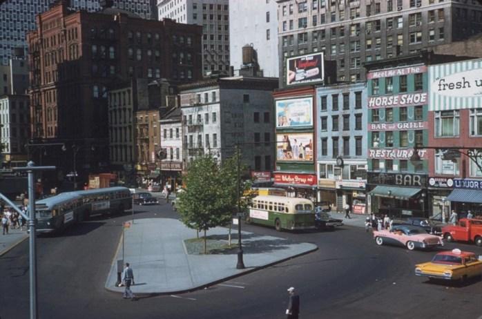 Nueva York en los años 60 . ¡Los colores! ( vía )