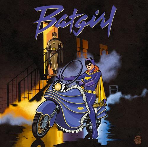 Cliff Chiang  es un ilustrador que recreó algunas  tapas de discos de los '80 utilizando superhéroes de la DC . Por ejemplo, Batichica tomando el lugar de Prince. ( vía )