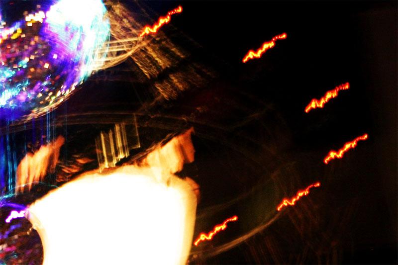 Calesiteros incendiados en fuga