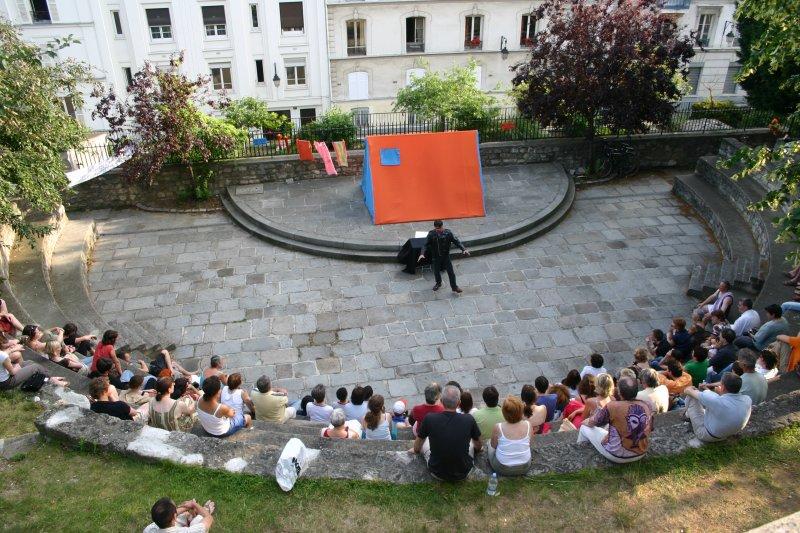 Teatro callejero en Montmartre