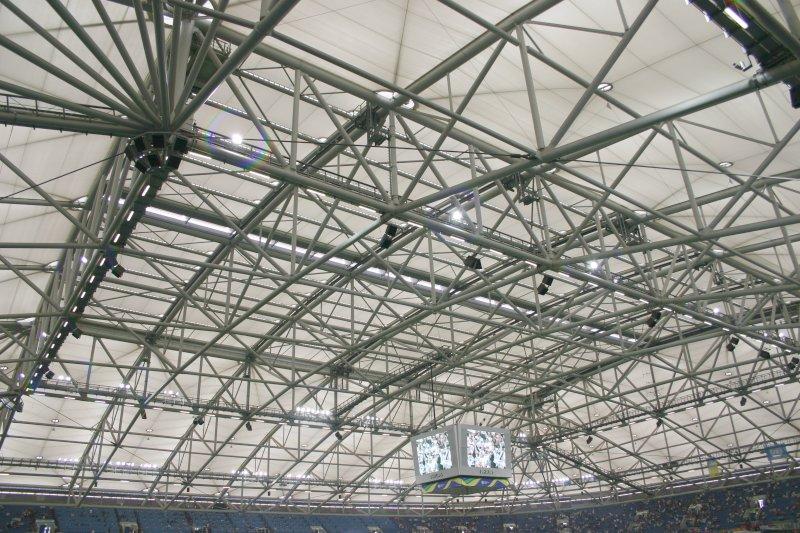Detalle del impresionante techado del estadio