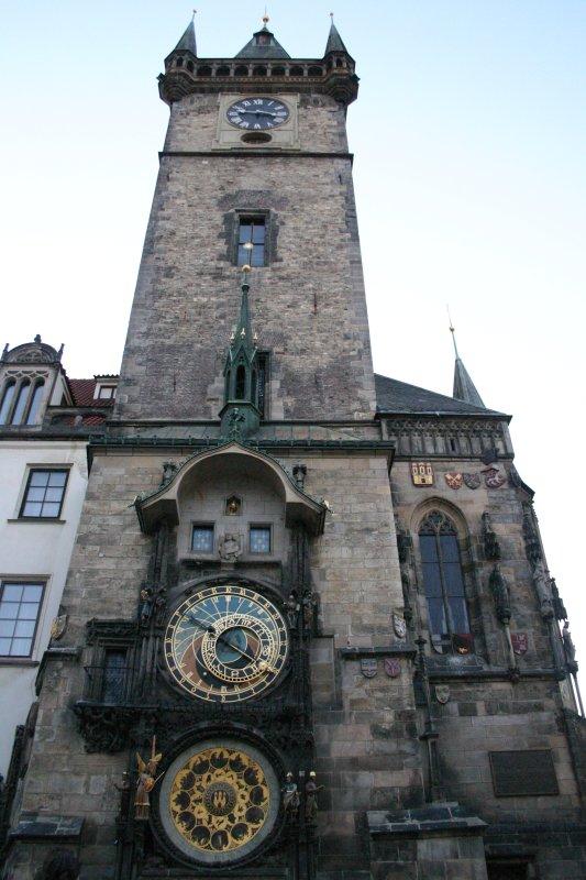 Reloj astronómico en la plaza principal de Praga