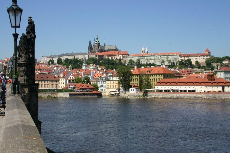 El Castillo de Praga desde el Puente Carlos I