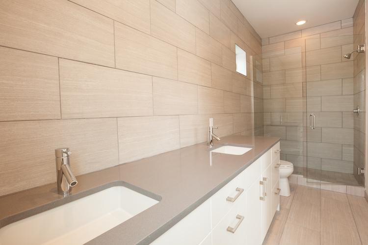 016-Master+Bath.jpg