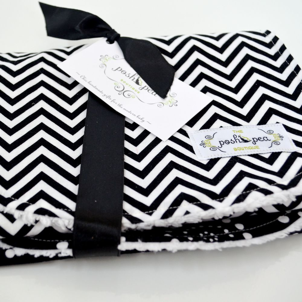 b&w burp cloths 1