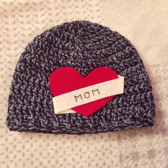 Linked with love preemie hat