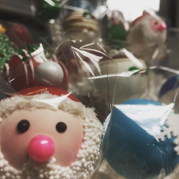 cake pops make great nicu nurse gift