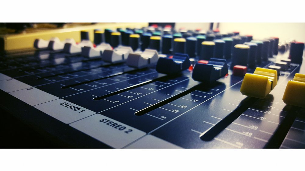 Soundcraft EPM 6 Mixing Console