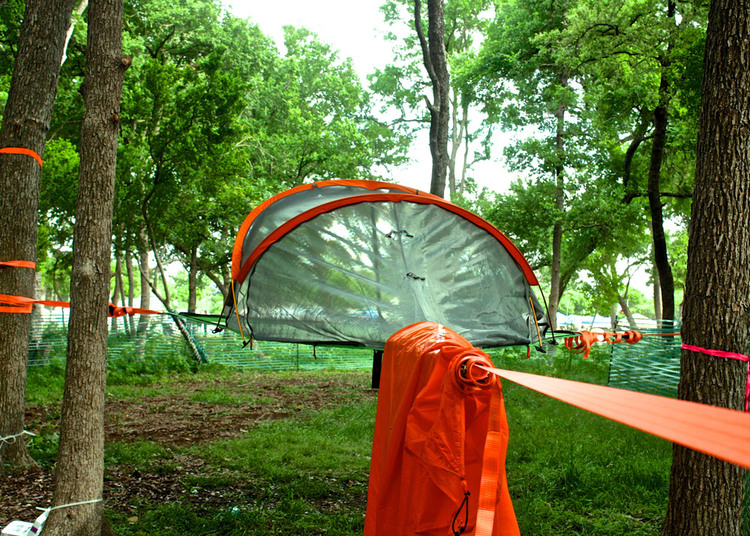 euphoria-festival-next-level-tree-camping-tentsile.jpg