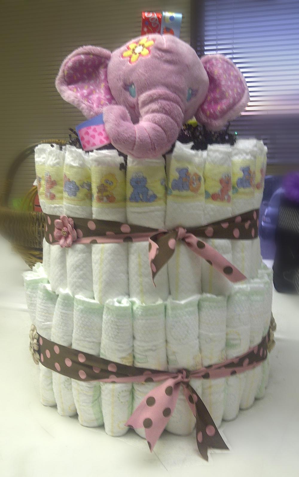 baby-cake-gift-basket
