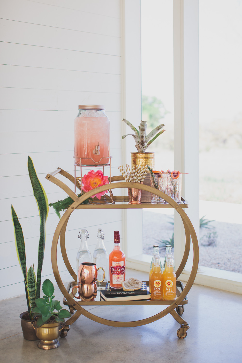 Prospect House Wedding. Dripping Springs Wedding. Kelly Costello Photography. Wedding Bar Cart.