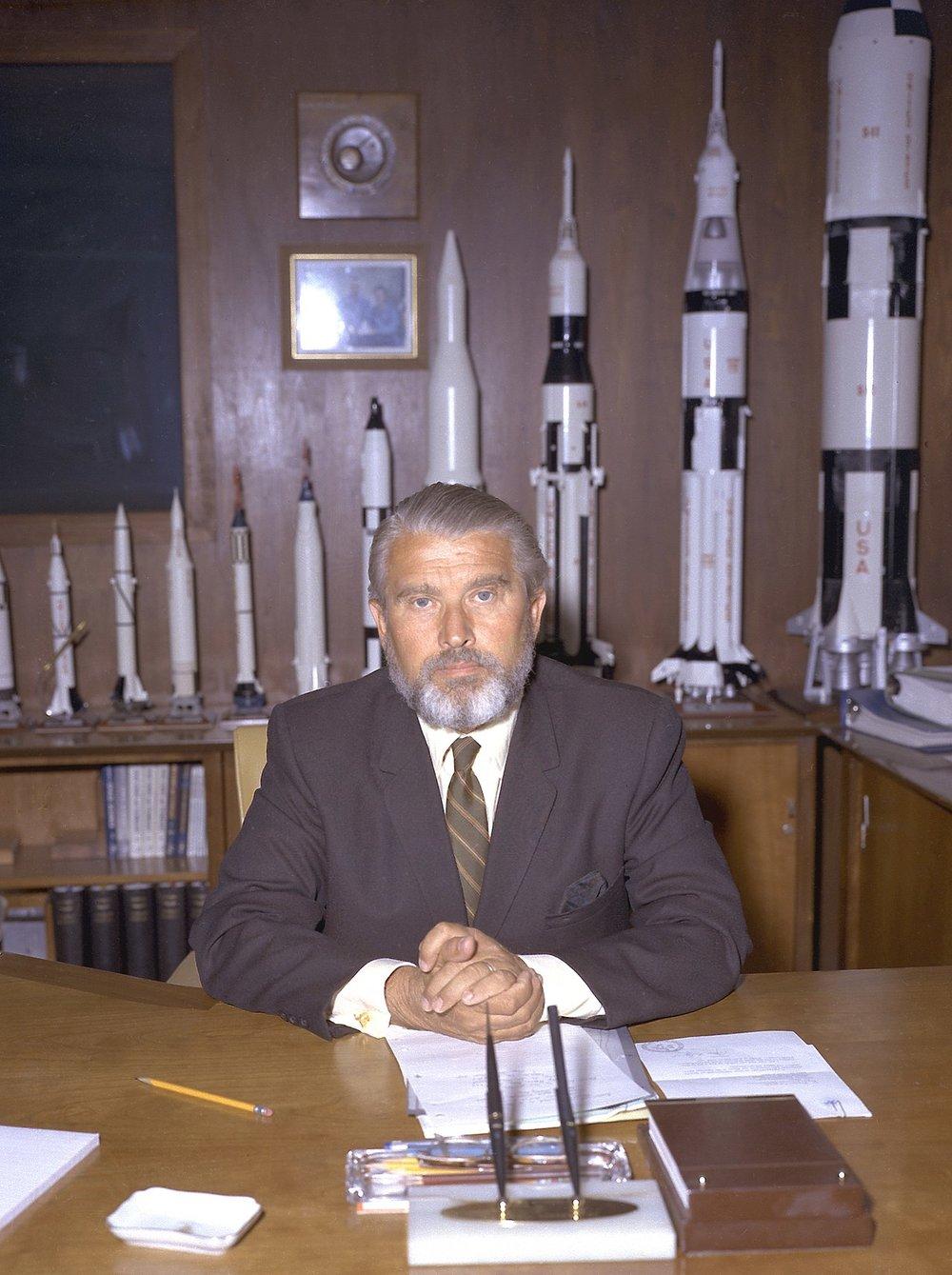 Von Braun at his desk