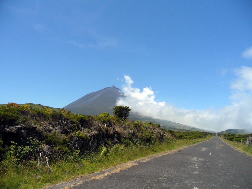 Blick auf den Gipfel des Pico - Foto (c)  camuna