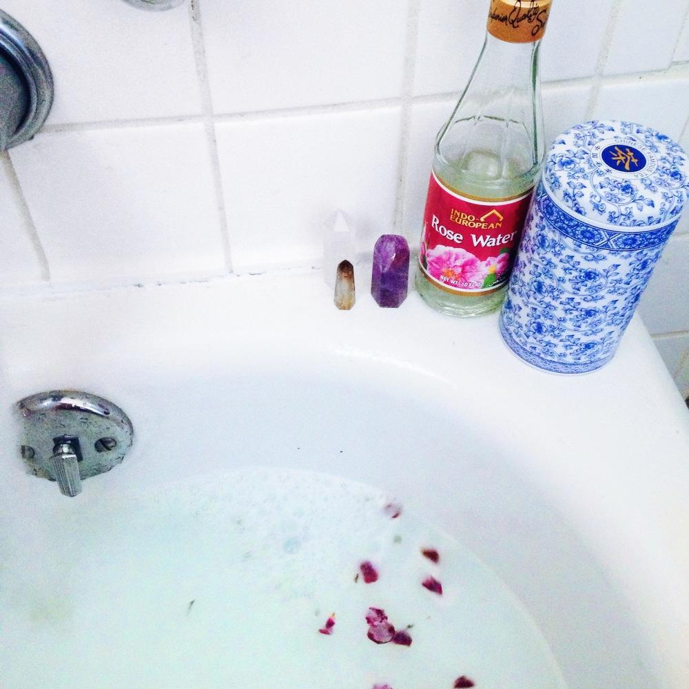 ziedarling.com   #selflovedarling i belive in bath magic