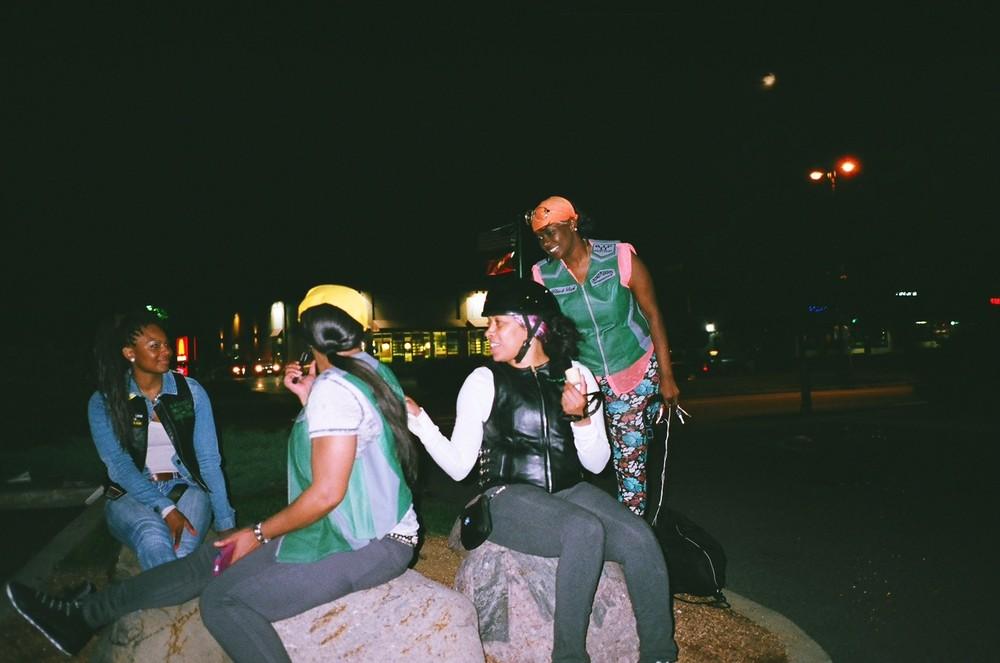 motogirls_1.jpg