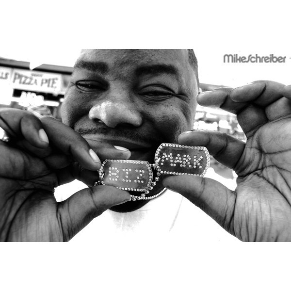Biz Markie by @themikeschreiber come to the opening night March 23rd with music curation by @yardgyal  Belinda Becker on Spotify  @plus81gallery  167 Elizabeth Street 6-9pm !!! #rebeccarebecca #photography #hommepourfemme #hiphop #bizmarkie #spotify