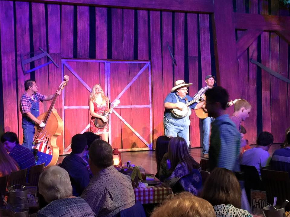Hatfield and McCoy DinnerShow