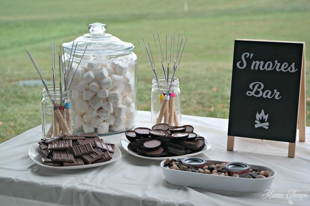 https://www.mamacheaps.com/2017/10/how-to-make-a-smores-bar-for-your-next-party.html