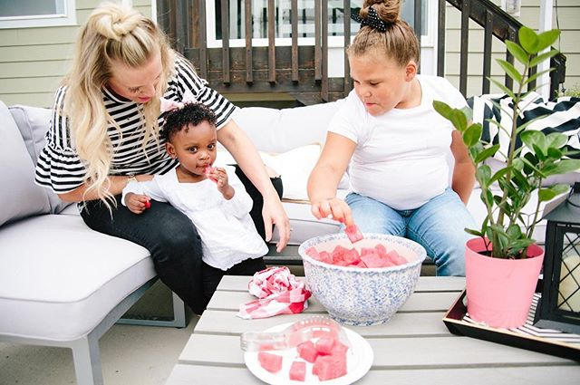 I love seeing all my watermelon slicers being put to good use! Especially by my best friends🍉❤️ this right here 👆🏻 is my girl Amy of @livandhope And you know what's SO EXCITING?! They're trying to adopt another sweet babe. I've been so fortunate to watch this family grow and be blessed over the years by adoption and I want to do all I can to help them add another baby to their family so I wanted to let you know she just released preorders for her new tshirts for mamas that are cute, comfy & hilarious - I have like 10 already 🙈 Amy is closing her preorders tonight so head to @livandhope and pick yours up!😘 #ashleyswatermelonslicer