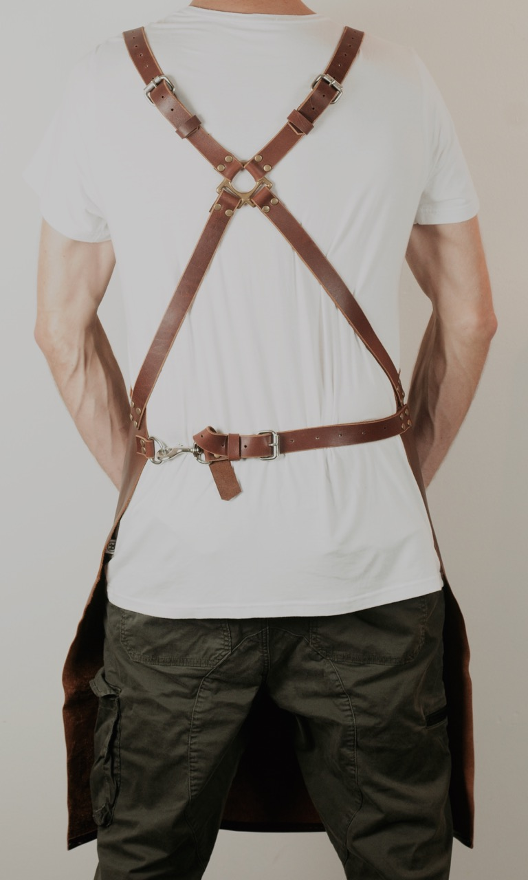 brown leather apron web - 1.jpg