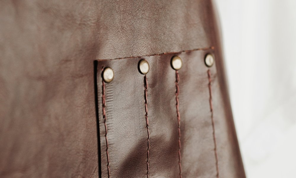 brown leather apron web - 4.jpg