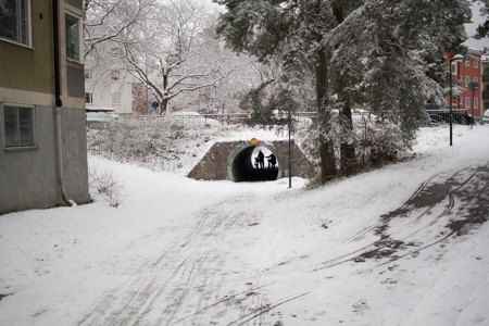 The under-road tunnel
