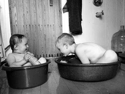 Dualing tubs