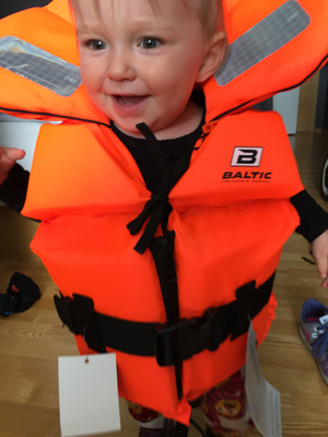 New lifevest that fits!!