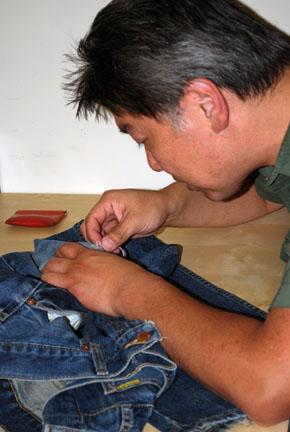 ©S Beaumont MendingB Jeans.JPG