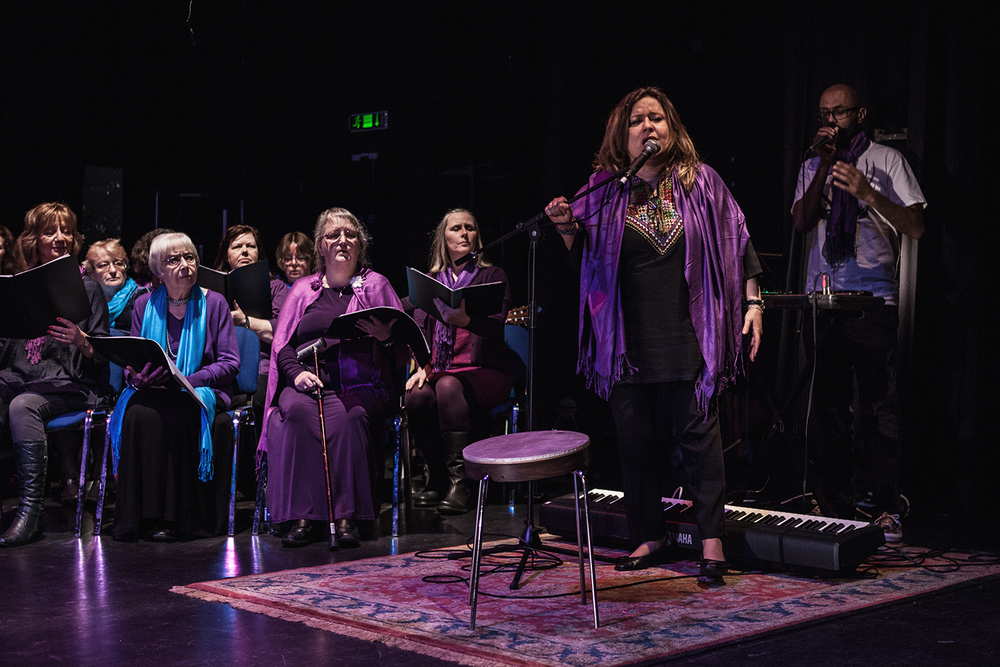 Reem Kelani performing with the Sacred Sounds Women's Choir, supported by Jason Singh Photo: Michela De Rossi