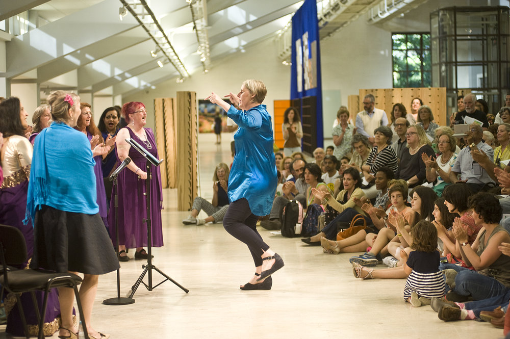 Artistic Director, Beth Allen conducting Sacred Sounds Women's Choir during their performance. Image credit: Marcia Lessa.