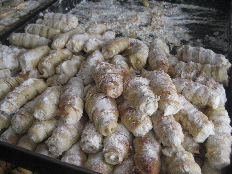 Afghan cream rolls