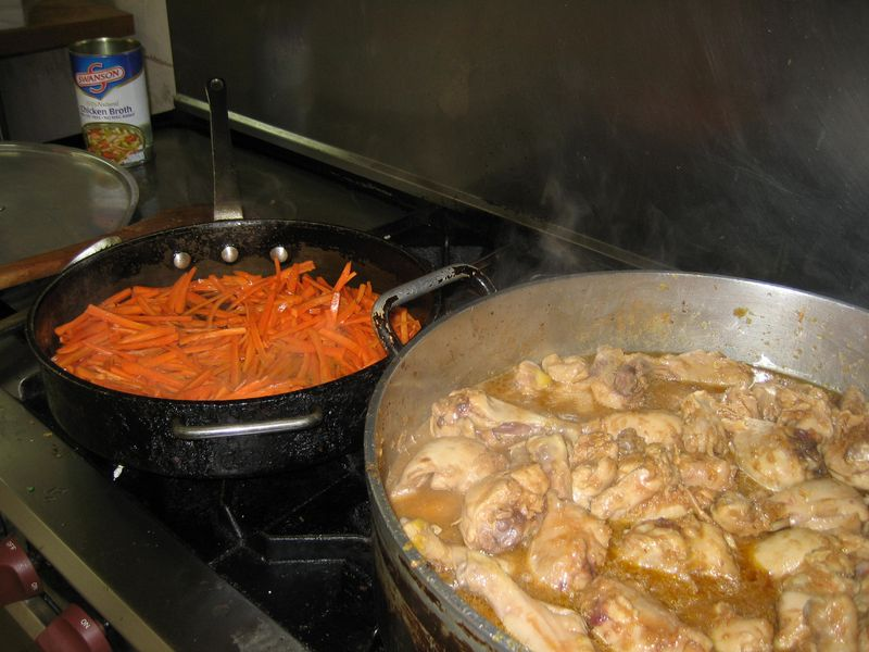 Carrots and chicken for the qabili palau
